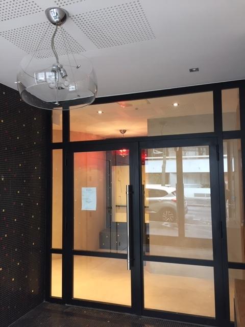 Entrée rue bobillot Renovation travaux Valerie Jacquart Decoratrice 94
