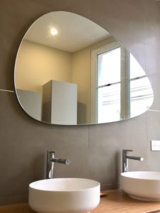 salle de bain avec plan 2 vasques